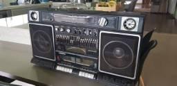 c.ompro radio boombox com defeito