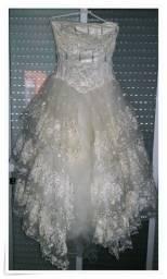 Título do anúncio: Lindíssimo vestido de noiva