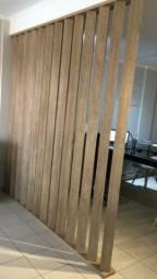 Divisória em madeira