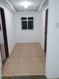 Título do anúncio: Casa 2 quartos alto da serra 600,00 reais