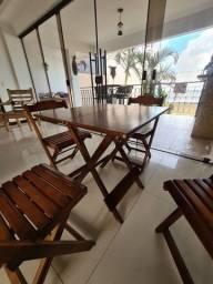 Mesa + 4 cadeiras desmontáveis