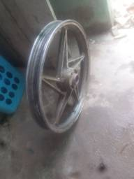 Roda dianteira dafra speed 150 . R$ 100