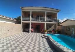 Casa duplex com piscina