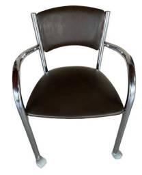 Título do anúncio: Cadeira de estudo marrom