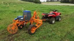 Plantadeira Arrasto para Moto, Quadriciclo, Triciclo ou Pequenos Tratores