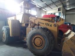 Máquina Pá Carregadeira Michigan 125
