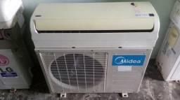 Ar condicionado 12000 btus Midea - Carrier instalado.