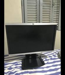 Monitor HP 19 polegadas regulável