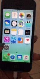 IPhone 5 C bem conservado