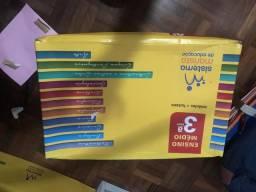 Vendo módulos Marista 3º ano + 2 módulos de questões do enem