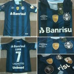 3d95259638 Camisa Grêmio Azul Marinho 2017-18