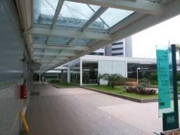 Hangar Paralela - Sala comercial para venda. Reformada com piso e teto rebaixado e com ar