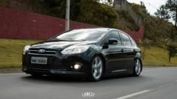 Vendo Ford Focus rebaixado legalizado