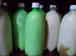 Vende-se leite de vaca