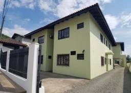 Apartamento com 2 dormitórios para alugar, 45 m² por R$ 800,00/mês - Bom Retiro - Joinvill
