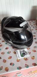 Vendo capacete novo tamanho 58
