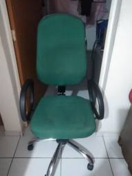 Cadeira giratória executiva top