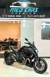 Título do anúncio: Ducati Diavel 2018 apenas 5.000 km