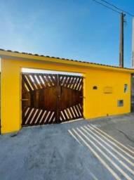 Título do anúncio: Casa próximo á praia em Itanhaém  com 2 dormitórios