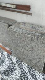 Título do anúncio: Pedras de granito 50x50 cm