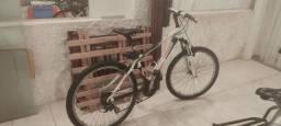 Bike preparada para mountain bike