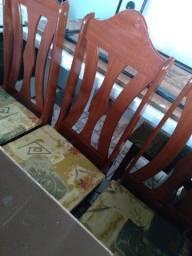 Cadeiras madeira$50,00