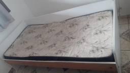 Título do anúncio: cama de solteiro com colchão