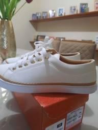 Tênis sapato branco