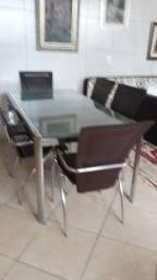Vende se linda mesa com 6 cadeiras