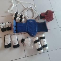 Kit de equipamentos de proteção, novos e semi novos.
