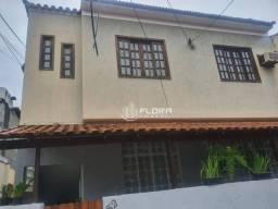 Título do anúncio: Casa Sobrado com 2 dormitórios para alugar, 70 m² por R$ 1.200/mês - Fonseca - Niterói/RJ