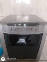 Título do anúncio: Máquina de lavar pratos , talheres e etc .vendo 600,00 marca Brastemp bem conservada.