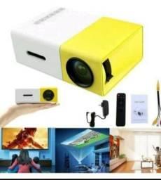 Título do anúncio: YG-300 LCD Mini Portátil LED Projetor Suporte 1920P 400 - 600 Lúmens Cinema