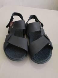 Sandália infantil n30 pra venda hoje de 25 por 20 reais