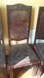 Título do anúncio: 10 cadeiras em couro legítimo anos 60 relíquia
