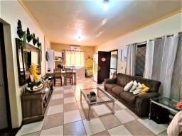 Casa à venda, 3 quartos, 1 suíte, 5 vagas, Jardim Gisela - Toledo/PR