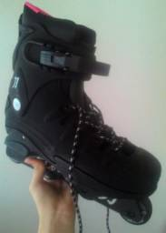 Patins/Roller Profissional Traxart Modelo Tao