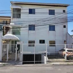 Apartamento de 2/4, a 2km da praia, no Centro de Lauro de Freitas