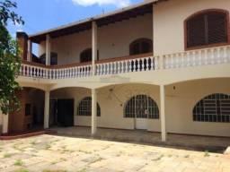 Casa para alugar com 4 dormitórios em Centro, Taubate cod:L33132AQ