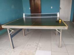Mesa de ping pong.