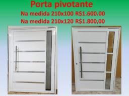 Porta Pivotante Alumínio Branco 2,10 x 1,00 e 2,10 x 1,20 com friso e puxador