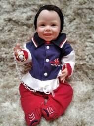 Bebê Reborn corpo de vinil siliconado menino