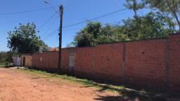 Lote murado no bairro Gurupi