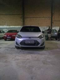 Oportunidade Ford Fiesta Sedã Ano 11/12 completo R$18.500,00