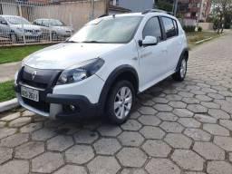 Renault Sandero Stepway 1.6 - Branco 2014