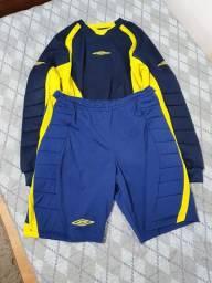 Uniforme de Goleiro Umbro Futebol Camiseta e Short Tamanho M