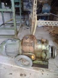 Motor industrial de 1,5 cv com redutor de velocidade