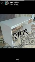 mesa de escritório linda para seu estudo Novas.