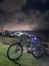 Bicicleta aro 29 fiv5r