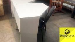 Mesa de canto para escritório R$:150,00